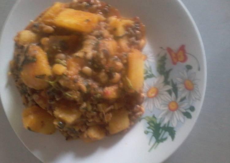 beans and yam porridge recipe main photo 1
