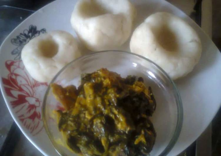 African Cuisine Bitterleaf Soup and pounded yam