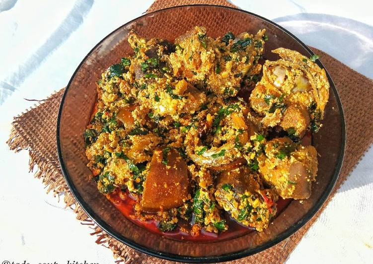 easy peasy delicious egusi soup recipe main photo