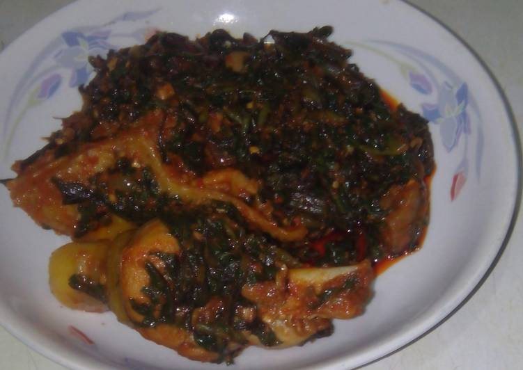efo riro vegetable soup recipe main photo