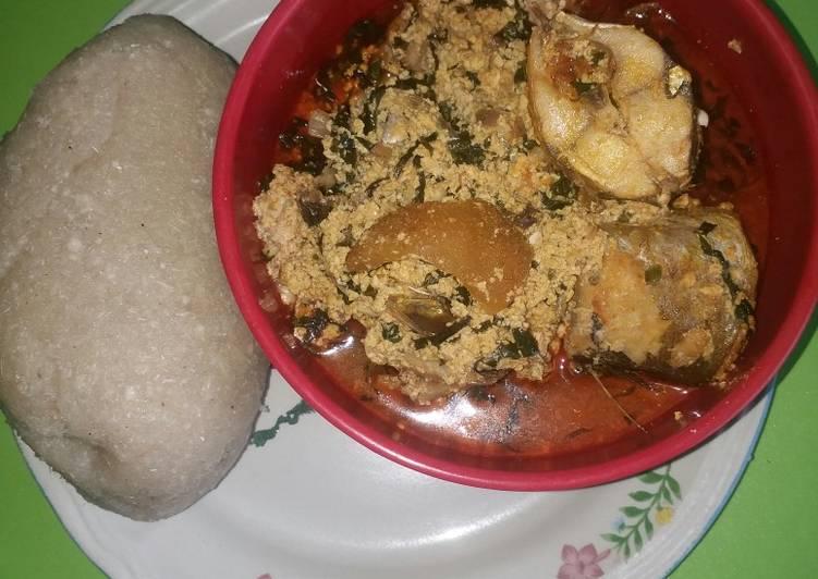 egusi soup with mackerel kpanla fish recipe main photo 1