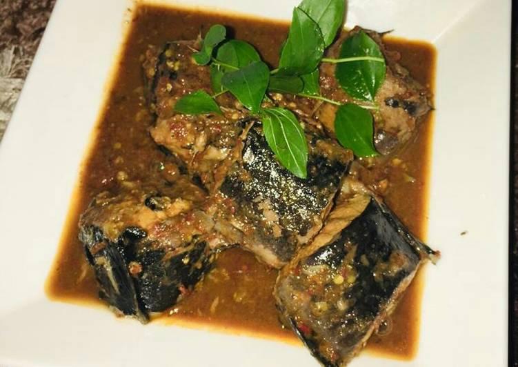 African Cuisine Fish p soup