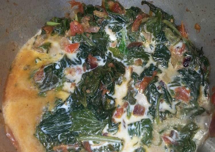 Kienyeji fried(African-Kenyan Traditional vegetables)