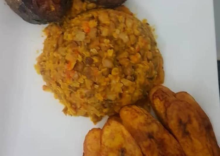 porridge beans and fried plantain with fish recipe main photo