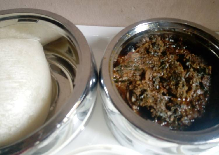 pounded yam and egusi soup recipe main photo 2