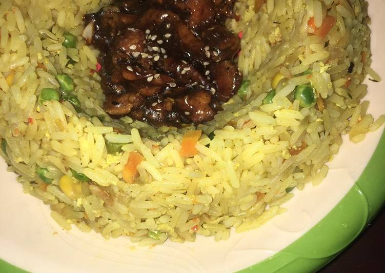 West African Foods Quick & easy vegetable fried rice served with chicken teriyaki🍚🍲🥗🍗