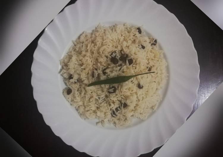 raisin coconut ricewali wa nazi na zabibu recipe main photo