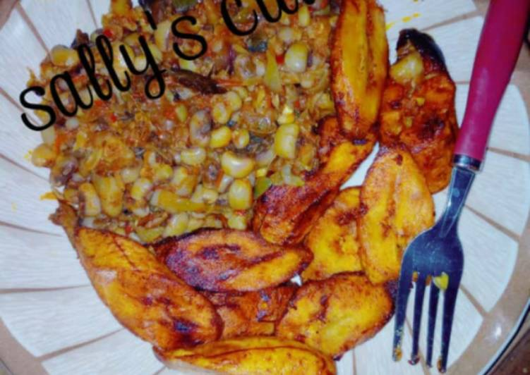 red red soup with plantain recipe main photo