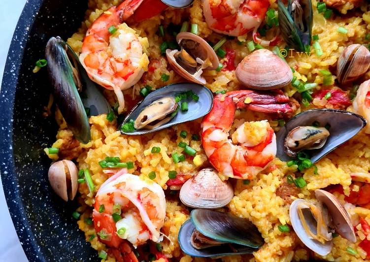 seafood paella recipe main photo 4