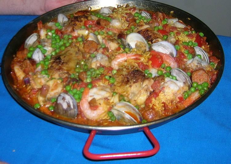 spanish paella recipe main photo