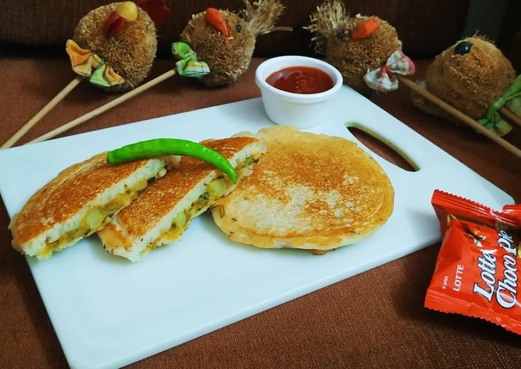 Traditional African Foods Stuffed Semolina Pancake