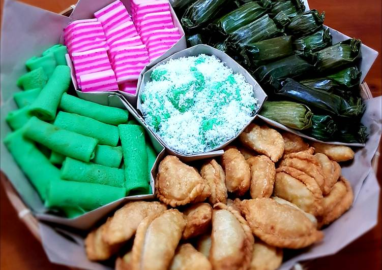 the best five traditional indonesian cake jajan pasar recipe main photo