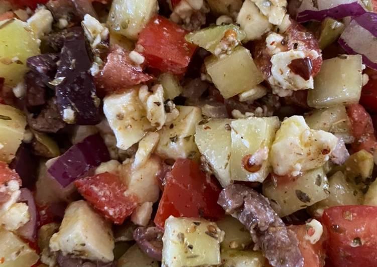 traditional greek salad recipe main photo