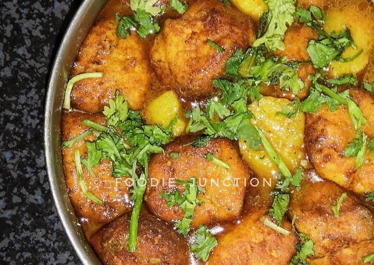 traditional odia cuisine chhena tarkari chhena kofta curry without onion and garlic recipe main photo