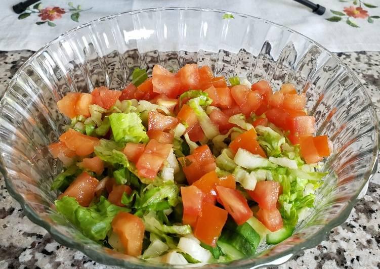 traditional salad recipe main photo 1