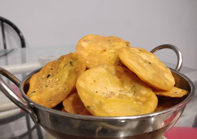 traditional thattai recipe main photo